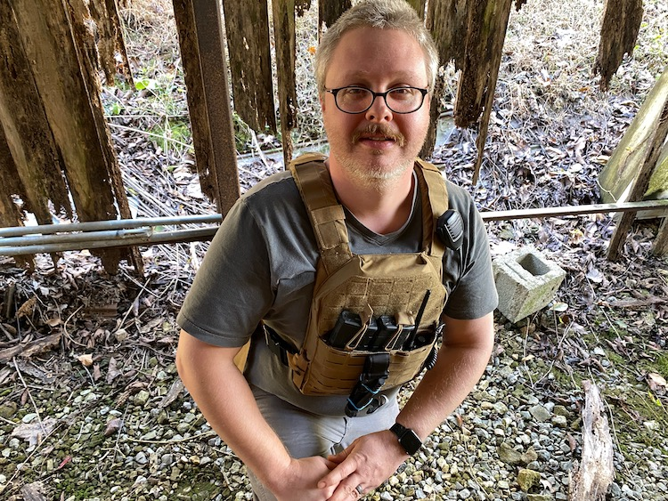 Radio in plate carrier